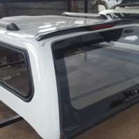 ANDY CAB CHEVROLET UTILITY 2012-2016 LOW WHITE SPORTY CANOPY FOR SALE!!!