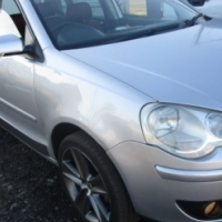 Vw Polo Cross 1.9 Tdi 2009 Model with sunroof and leather interior, nice megs, 4 Doors, Factory A/C