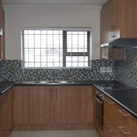 House to let. HOUSE TO LET-