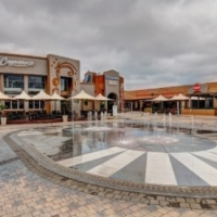 "FAST FOOD FRANCHISE FOR SALE - MALL @ REDS - CENTURION  ""NEW STORE"""