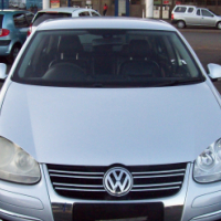 JETTA 5 2.0 2006 Model,5 Doors factory A/C And C/D Player