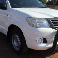 2013 Toyota Hilux 2.0 vvti,very low kilos only 105000 kms