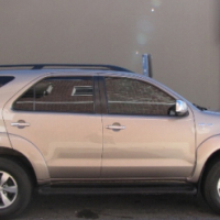2007 Toyota Fortuner V6, 4.0L 4x4 A/T 7 Seater