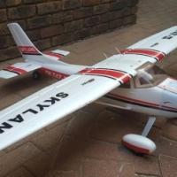 Cessna -1.6 m wingspan