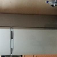 220l Hisense 2 door fridge and freezer
