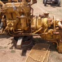 CAT 950 engine with transmission for sale at reduced price
