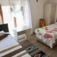 furnished room for students in rondebosch available from 1st of november.