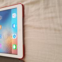 iPad Air 16gb wifi.