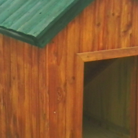 DOG HOUSES MEDIUM