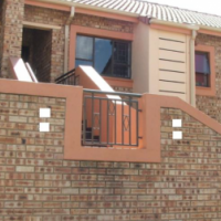 VILLA RIDGE TOWNHOUSE, VAALPARK for sale