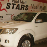 2013 White Toyota Hilux (facelift II) 3.0 D-4D Raider Xtra Cab