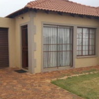 House for sale in Clarina in a secure complex - BKES-1105
