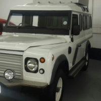 Landrover Defender Station wagon and Pickup
