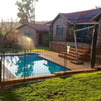Well-maintained 3-bed + study family home in Noordheuwel