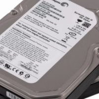 250GB IDE DESKTOP HARD DRIVES (7200RPM IDE) IN PERFECT WORKING CONDITION 4CHEAP QUICK SALE!!