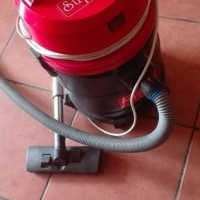 vacuum cleaner for sale.