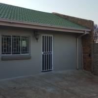 Garden flat to rent in garsfontein pretoria east