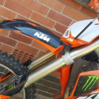 Ktm 250cc 4 stroke and Kawasaki kx 250cc 2 stroke