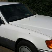 1991 230E Mercedes Benz