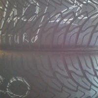 295/40/20'' tyres in a very good condition on sale in Pretoria ( we deliver)