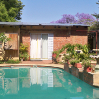Clydesdale/Sunnyside East. House NEAR LOFTUS, TUKS, Schools, with 2 separate flatlets for sale