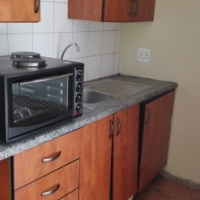 Good security and Centrally located BACHELOR unit in Rivieria, Pretoria