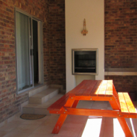 Leeupoort bushveld house for sale