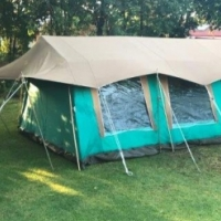 Nomad Senior Canvas Family 8 Sleeper Tent in very good condition