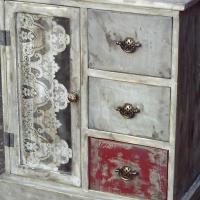 Petit Distressed Pine 3 Drawer Cabinet (635x495x765)