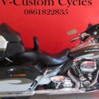 Absolute Mint Condition CVO! Full House with Low Kilometers on the Clock!
