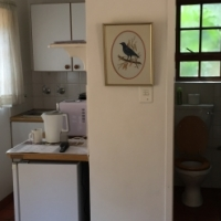 One bedroom garden cottage to let - Brooklyn