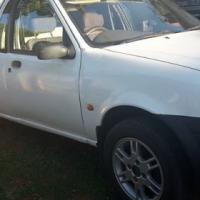 Ford bantam 1.6 2002 model