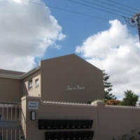 DUPLEX IN SOUGHT AFTER FLAMINGO VLEI ADDRESS FOR SALE
