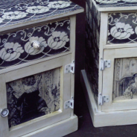 The Family Bedside Chests (435x425x590)