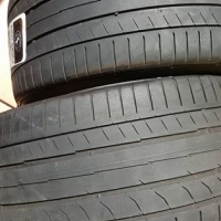 255/35/18×2 CONTINENTAL TYRES for sale