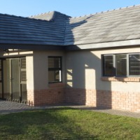Brand new 3 bedroom house for sale in Zambezi Manor Lifestyle Estate.