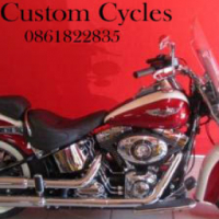 Absolute Mint Condition Softail Delux with Lots Extras!