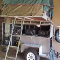 Offroad trailer met tent!
