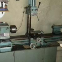 Centre lathe combination Mill