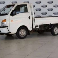 Hyundai H-100 Bakkie 2.6D chassis cab