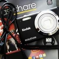 Kodak Easy Share 14MP Camera for sale.
