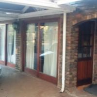 Bachelors flat to rent in Garsfontein Pretoria