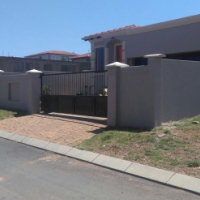3 bed room, 2 Bath and 2 garage Cluster To Let for R7 500, available immidiatly