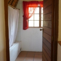 Craighall Studio Flat for Rent in Secure and Central area