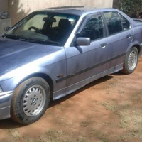 BMW318I met n 318IS motor in