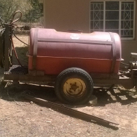 Spray Tank 2000 L !, used for sale  South Africa