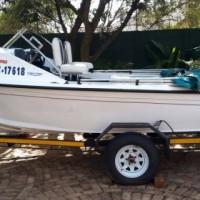Wahoo fishing/ski boat with two 55HP Yamaha motors for sale