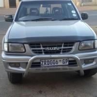 Isuzu KB 2.8DT 4×2  R65000