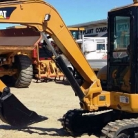 Excavators Caterpillar 305 Re-Furbished; All Pins & Bushes Done; Pipped