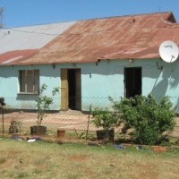 Late Estate Property for Sale: 6 Rood Str, Springcol, Vereeniging